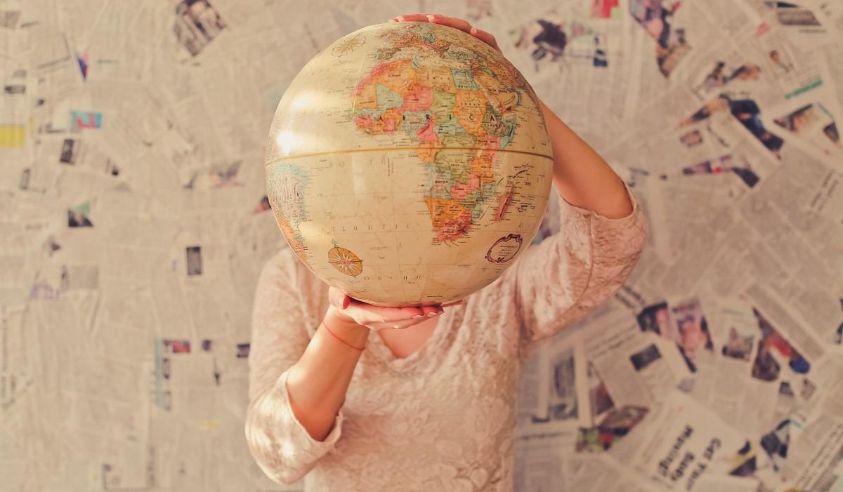 globe large
